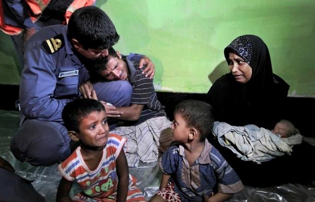Father begging Bangladesh soldier Myanmar